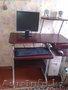 Продам компьютерный столик вместе с компьютером